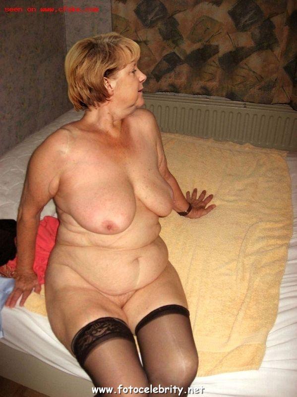 Голая Ангела Меркель 3 фото