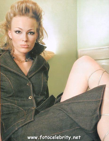Голая Екатерина Маликова. Фотки из личного архива: http://fotocelebrity.net/ekaterina-malikova/ekaterina-malikova14.php