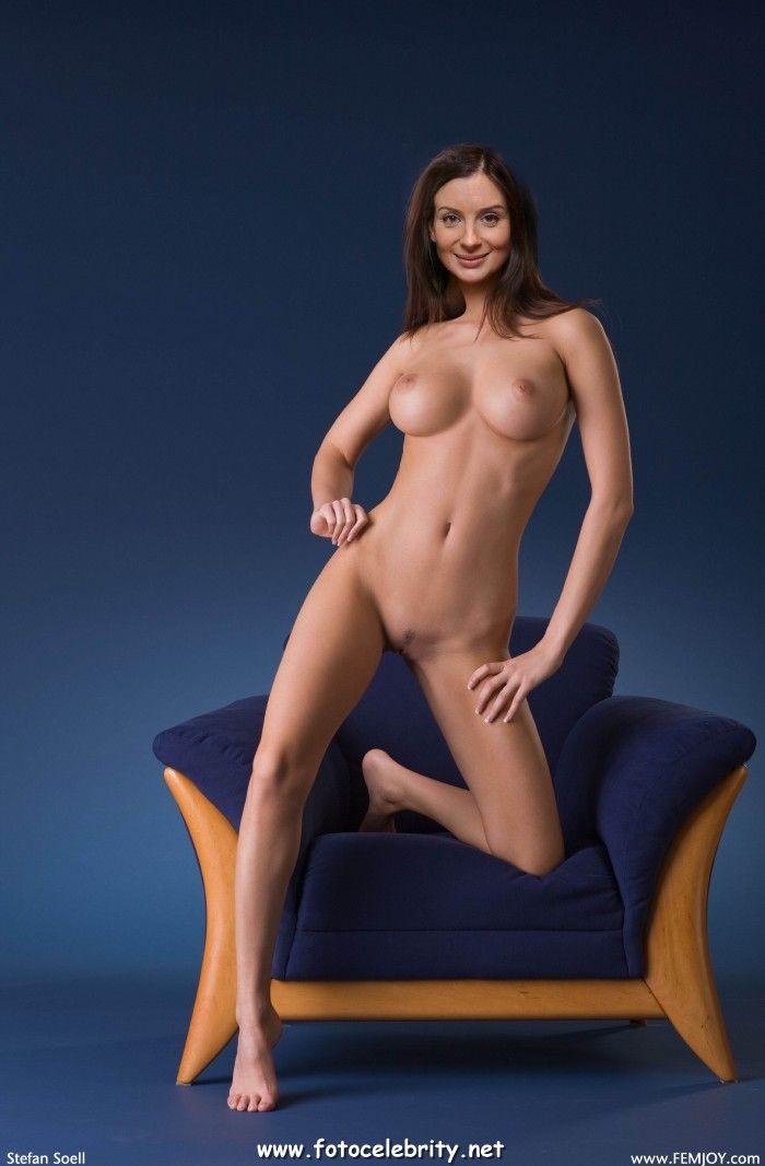 Откровенные фото стриженовой
