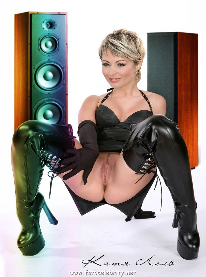 порно фото певицы с катей лель