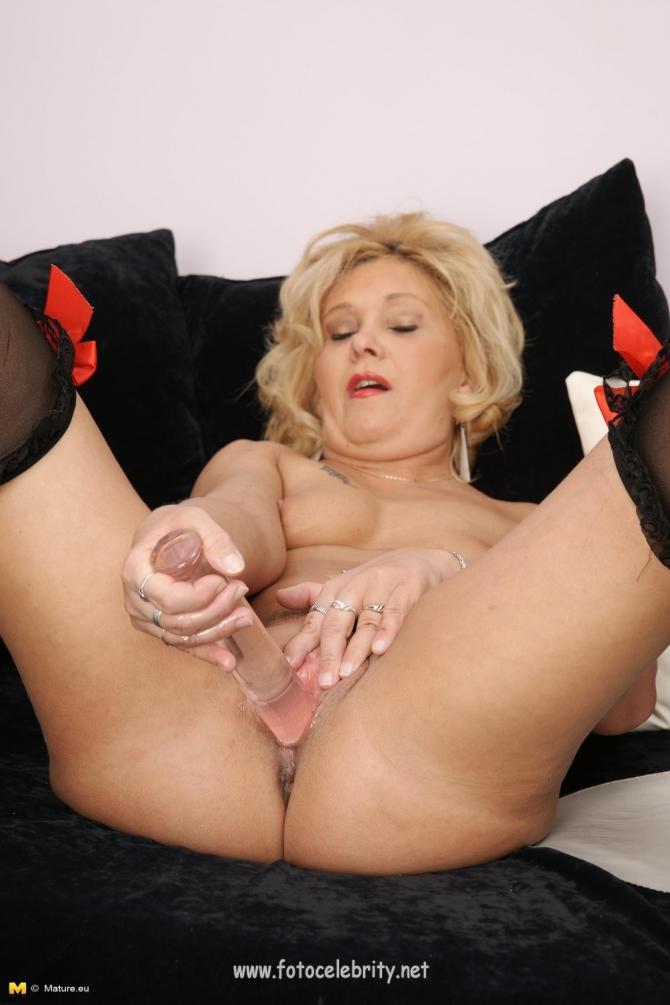 мастурбация зрелых женщин порно фото № 286397 бесплатно