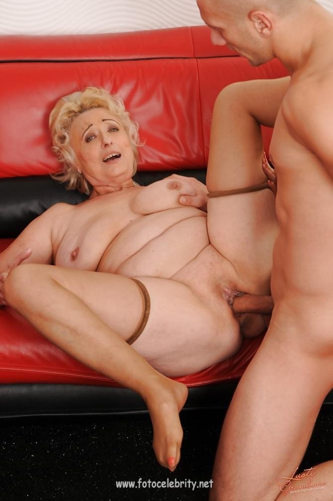 со старыми женщинами секса интим фото