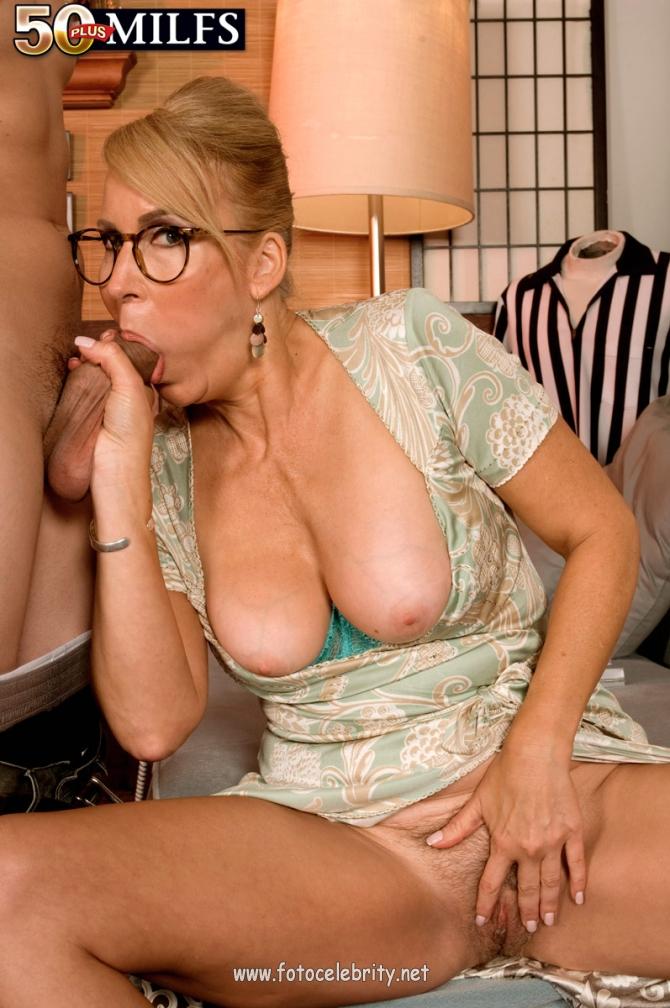 порно секс со взрослыми женщинами с большими грудями