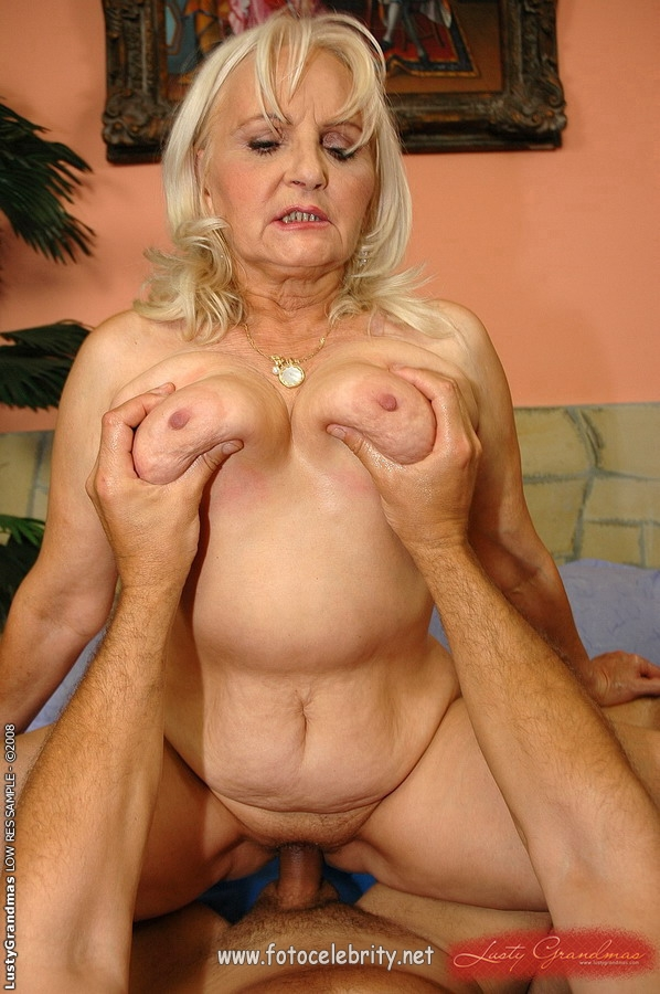 фото порно древних старушек