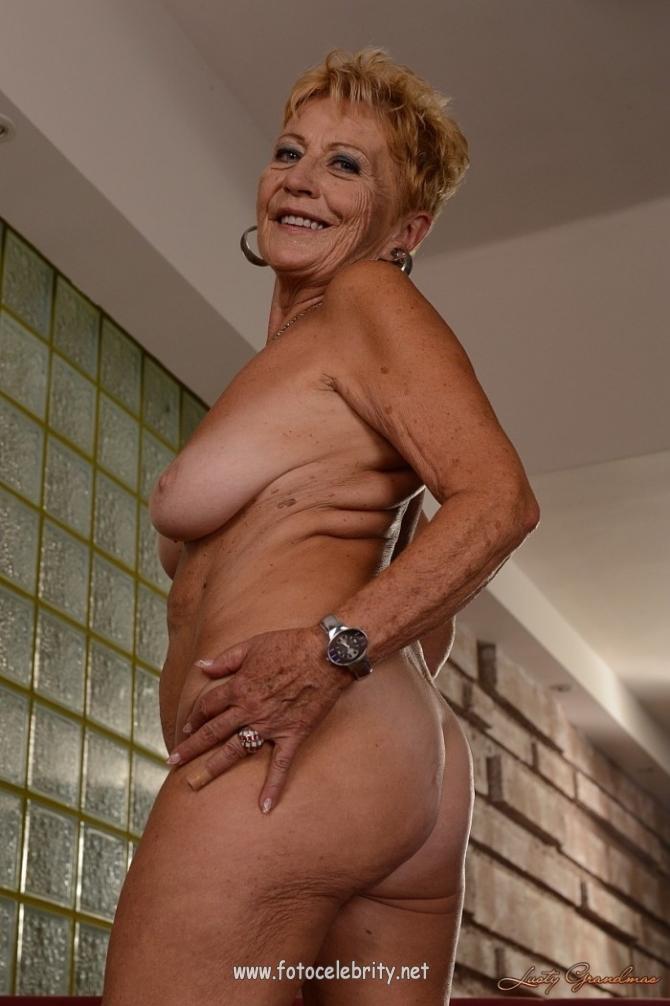 Free fat aunty juddys models sex pics