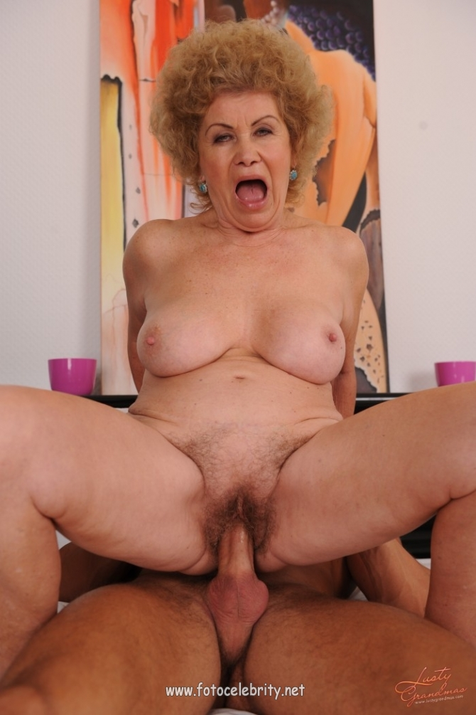 Порно Кудрявые Бабки
