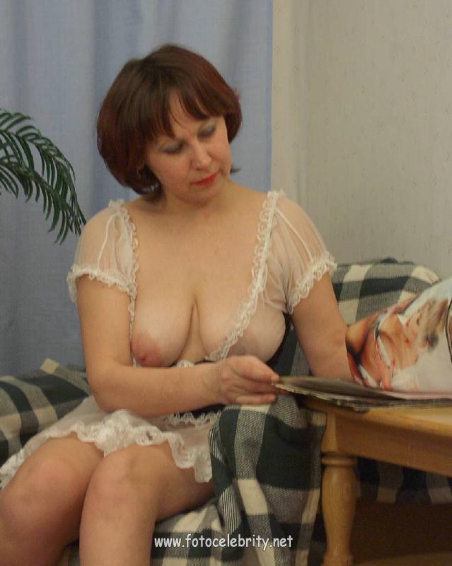 Раздевается женщины возрасте