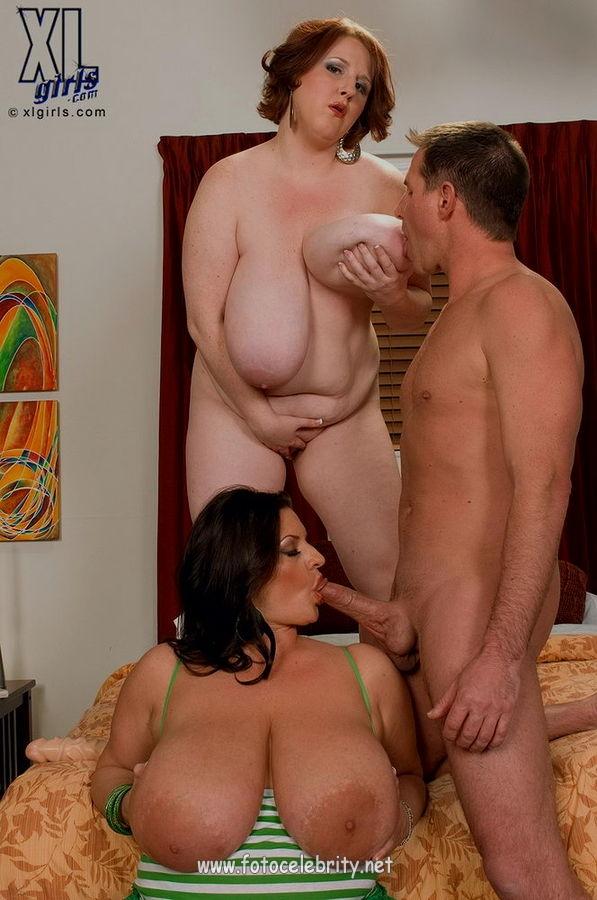 мама трахнула свою подругу толстые огромные груди видео