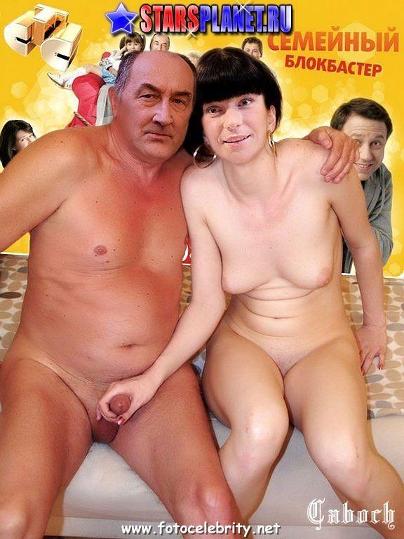 Екатерина Волкова в голом виде принимает сексуальную позу. голая.