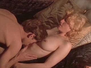 Видео ролики с секс мадонной